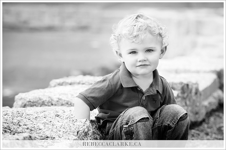 Child photography at The Sir Sanford Flemming Park