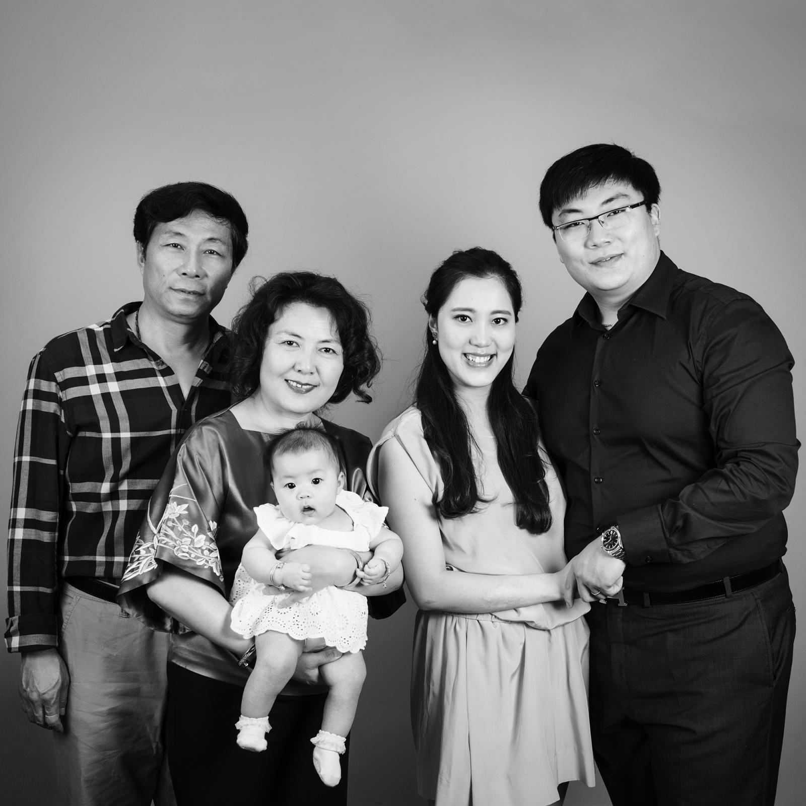 family with grandparents photo session
